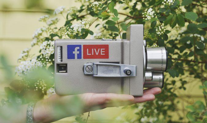 Facebook: sottotitoli per i video in diretta